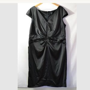 Tadashi Collection Too Black Ruched Dress Size 22Q